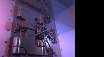 Мільярдер забув пароль від власного бункера