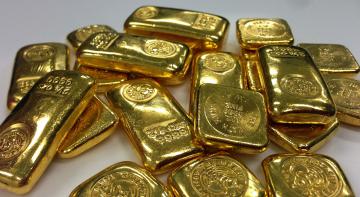 У Франції бабуся сховала вдома золоті злитки