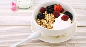 Бородач на кухні: вівсянка на сніданок